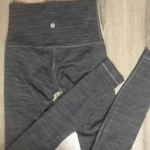 Lululemon • High waisted leggings